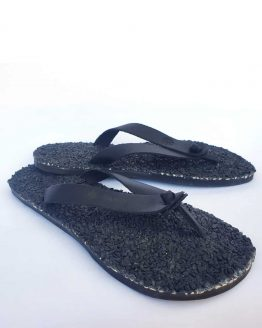 black flip flops for man and woman
